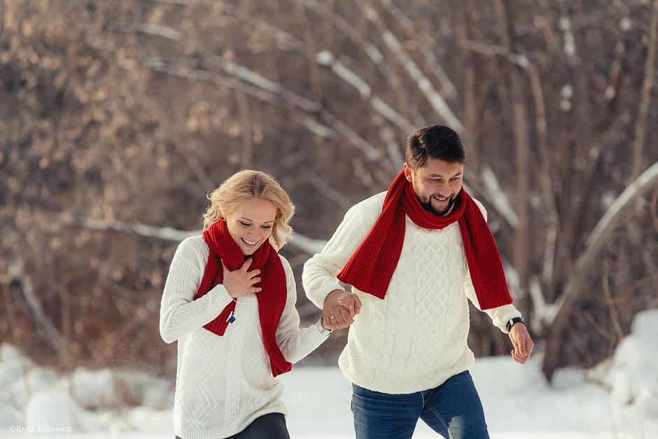 Романтическая история в зимнем лесу